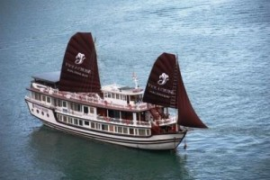 viola cruise ha long bay